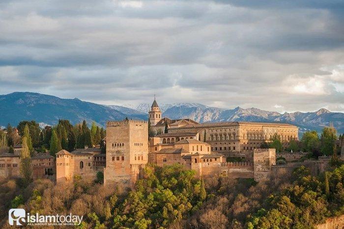 Мусульманская Гранада: возвращение к истокам и мудрый замысел Всевышнего