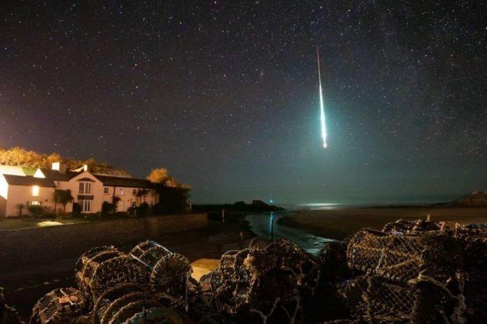 Космический объект сгорел, немного не долетев до поверхности планеты (Фото: Chris Small / European Space Agency)