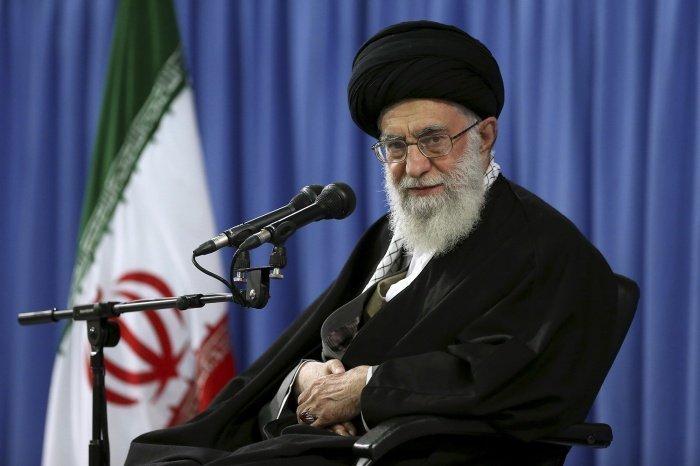 Верховный лидер Ирана прокомментировал американский план палестино-израильского урегулирования.
