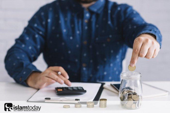 10 основных шагов, которые помогут вам правильно управлять своими деньгами. (Источник фото: freepik.com)