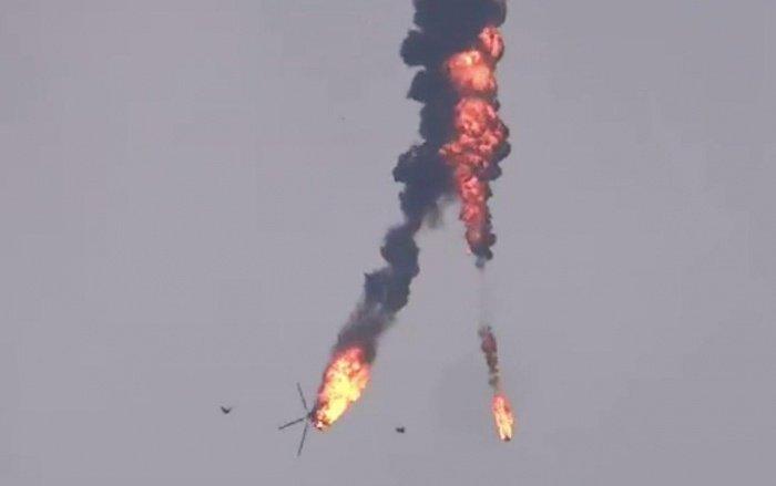 Кадры крушения сирийского вертолета.