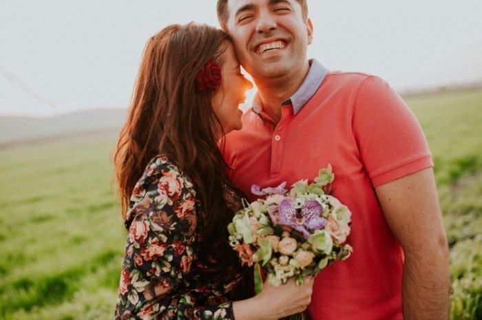Совместная жизнь с оптимистичным партнером содействует уменьшению риска болезни Альцгеймера, деменции и иных нарушений когнитивных способностей у обоих супругов