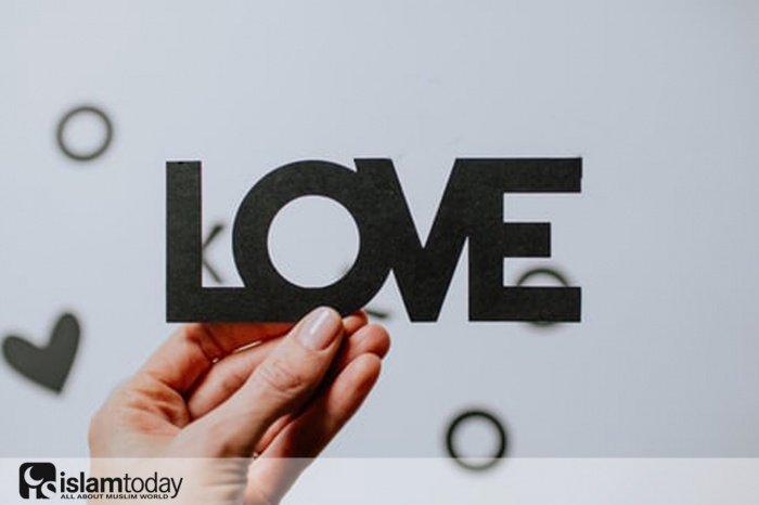 Любовь ко Всевышнему. (Источник фото: unsplash.com)