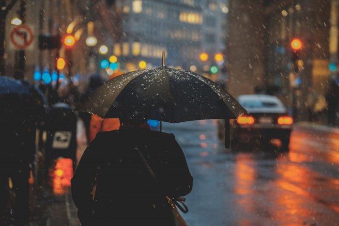 По словам специалиста, настолько мощный циклон «редко встретишь даже в тропиках, где они бывают»
