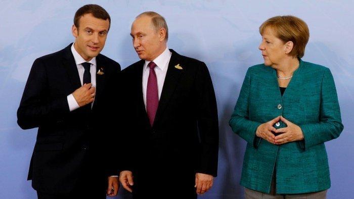 Владимир Путин провел телефонный разговор с Ангелой Меркель и Эммануэлем Макроном.