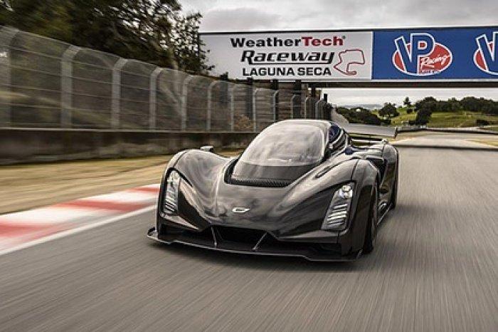 При создании автомобиля использовалась технология, посредством которой некоторые части машины распечатали на специальном 3D-принтере (Фото: Czinger Vehicles)