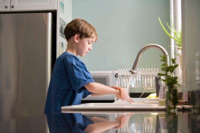 Для эффективной очистки требуется не меньше 20 секунд намыливания.