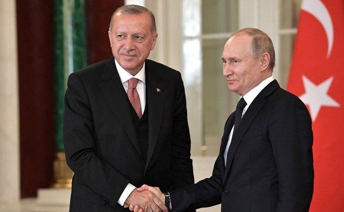 Президент России поздравил турецкого коллегу с 66-летием.