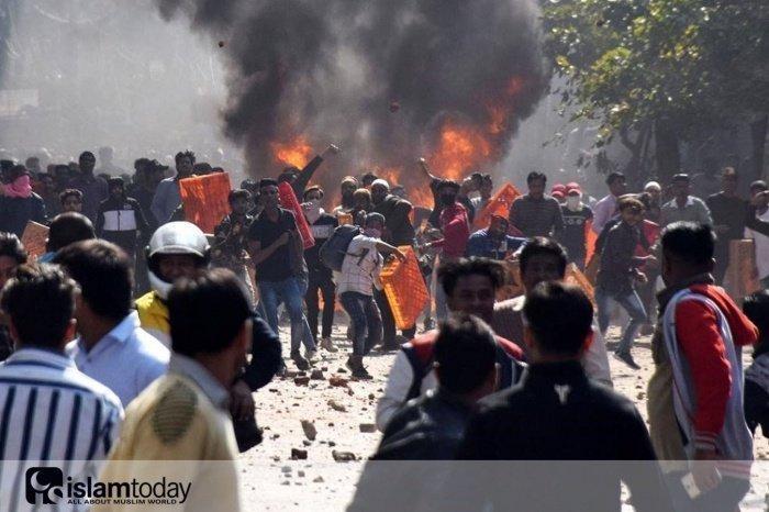 Антимусульманские погромы в Дели. (Источник фото: yandex.ru)