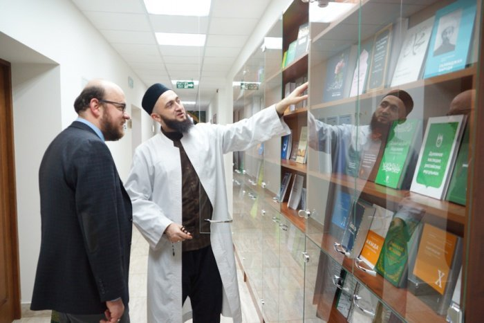 Камиль Самигуллин и Омар Фарук Савуран в резиденции ДУМ РТ.