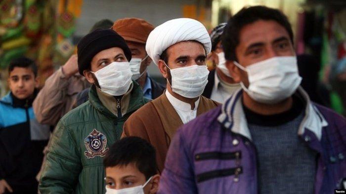 Число зараженных коронавирусом растет в Иране.