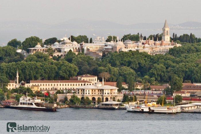 Самый знаменитый турецкий дворец.