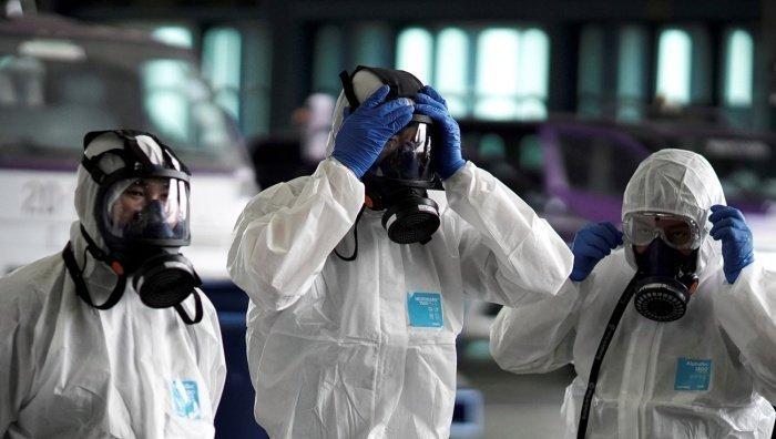 Власти Ирана пошли на неожиданные меры в борьбе с коронавирусом.