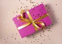 Названы наиболее популярные подарки на 8 Марта