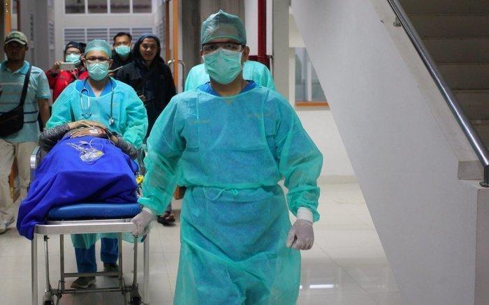 В мире продолжает расти число заразившихся коронавирусом.