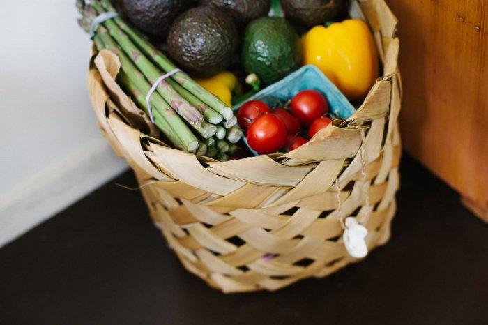 Риск недуга можно уменьшить, добавив в свой рацион большое количество овощей, фруктов, а также регулярно выполняя физические нагрузки