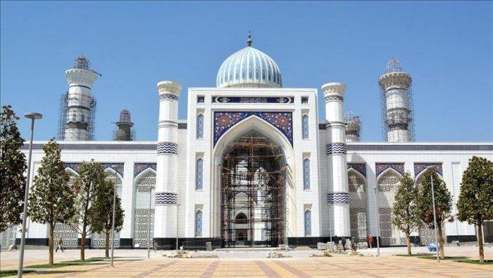Строительство мечети продолжалось 9 лет.