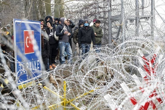 Мигранты на границе Турции.