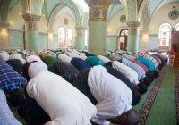 Мусульман Узбекистана призвали совершать намаз дома