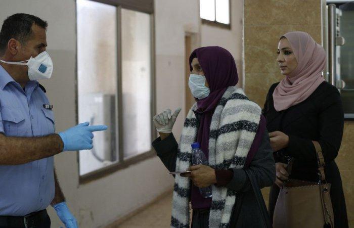 Власти Иордании объявили о новых мерах против распространения коронавируса.
