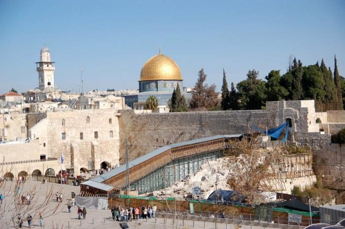 Верующих и туристов не будут пускать на Храмовую гору.