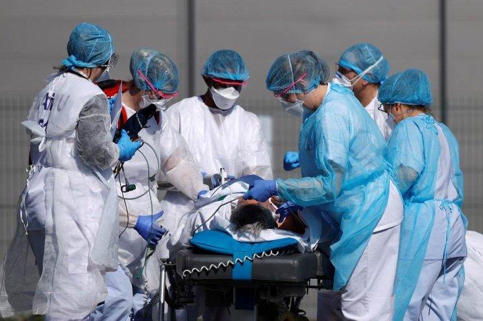 В Турции за сутки число зараженных коронавирусом выросло на 343