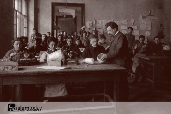 История Хадичы Акчуриной. Обучение в Строгановском училище