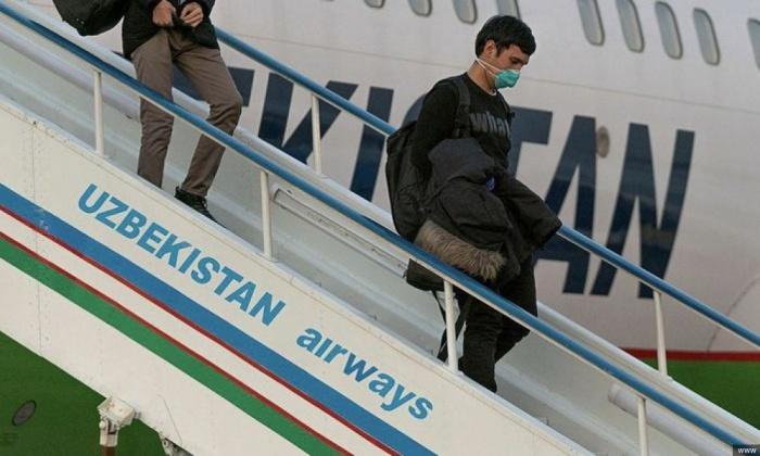 Число заразившихся коронавирусом растет в Узбекистане.