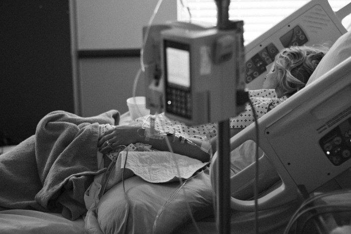 У 80% пациентов болезнь протекает в легкой форме ОРВИ