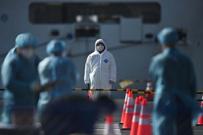 В мире зафиксировано больше 1,35 миллиона случаев заражения коронавирусом.