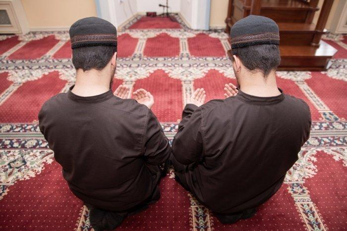 Мусульмане помолились об избавлении от коронавируса.