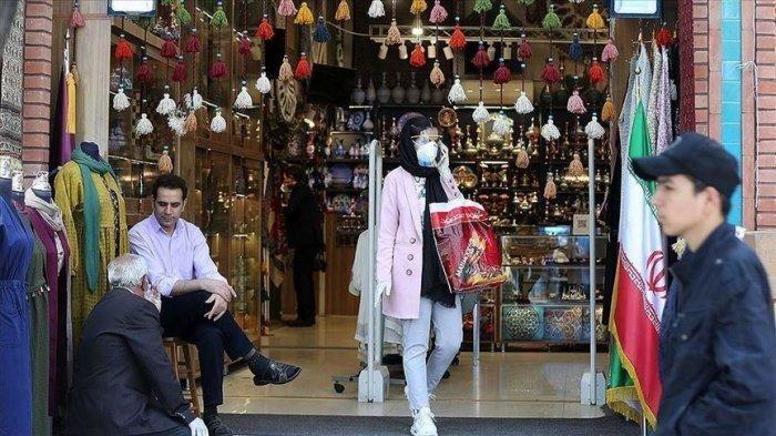 В Иране откроются небольшие магазины.