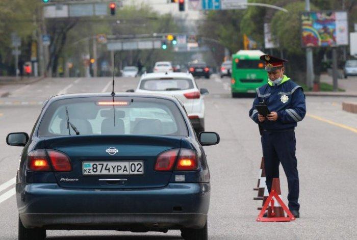 В Казахстане продолжает действовать режим ЧП.