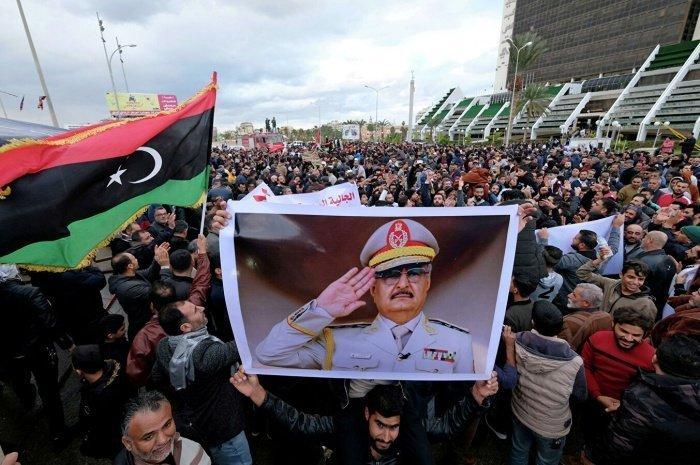 В Кремле подтвердили поддержку политическому урегулированию в Ливии.
