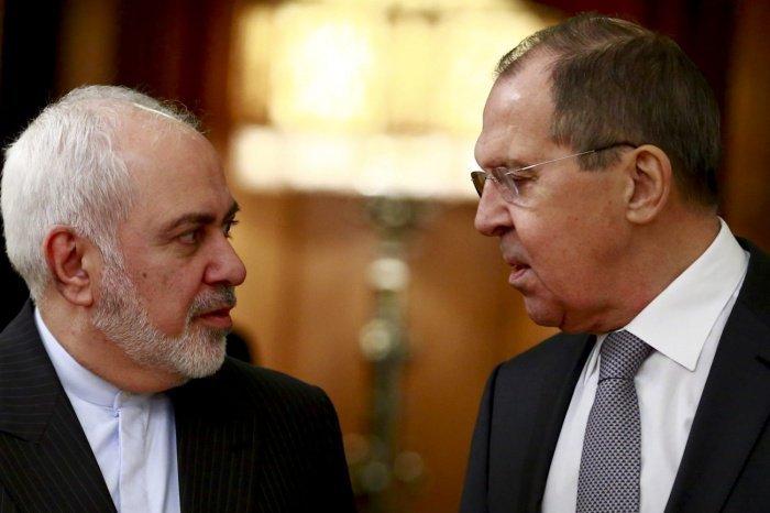 Главы МИД России и Ирана провели телефонную беседу.