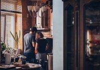 Оценен риск заражения коронавирусом в домашних условиях