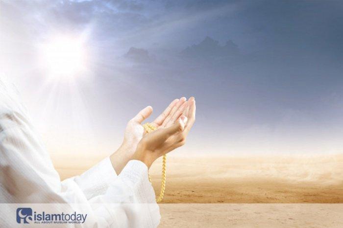 4 дуа, чтобы достичь благословения Всевышнего. (Источник фото: freepik.com)