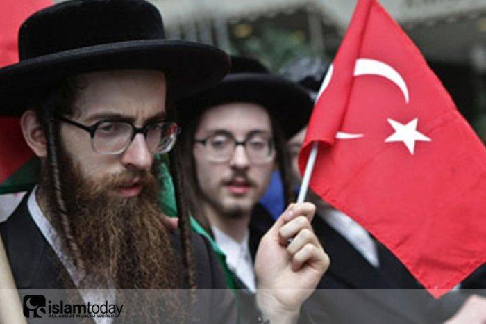 Евреи и турки во время Второй мировой войны. (Источник фото: yandex.ru)