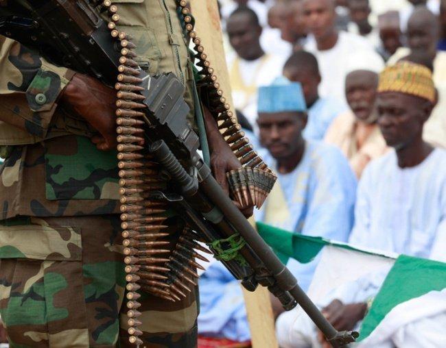 Нигерийская армия освободила десятки заложников террористов.