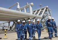 В Казахстане коронавирусом заразились сотни нефтяников