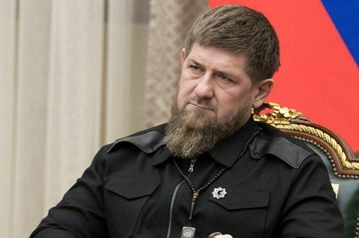 Рамзан Кадыров заявил, что в чеченских больницах хватает средств защиты.