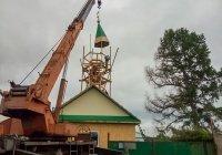 На восстановленную после пожара ютазинскую мечеть установили полумесяц