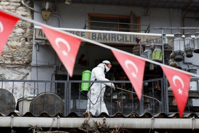 Минздрав Турции озвучил новые данные по коронавирусу.