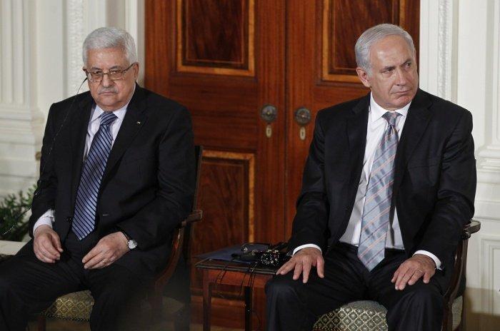 В МИД РФ подтвердили готовность Москвы организовать встречу лидеров Палестины и Израиля.