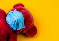 Педиатры предупредили об опасности масок для детей до 2 лет