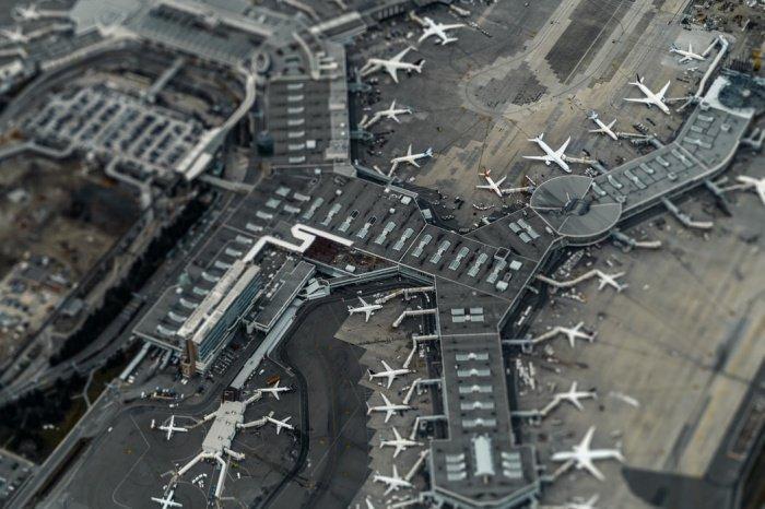 Если восстановления части регулярных рейсов за рубеж еще можно ожидать летом, то «перспективы запуска чартерных рейсов пока туманны»