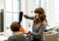 Установлено, как избежать заражения коронавирусом в парикмахерской