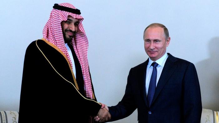 В Кремле сообщили о переговорах Владимира Путина и принца Мухаммеда.