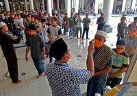 В Индонезии открылись мечети