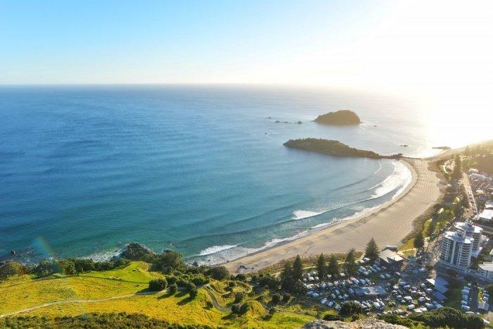 В Новой Зеландии за все время было выявлено 1504 случая заражения вирусом, 1482 человека выздоровели, 22 умерли. Новых случаев заражения коронавирусом нет 17 дней подряд